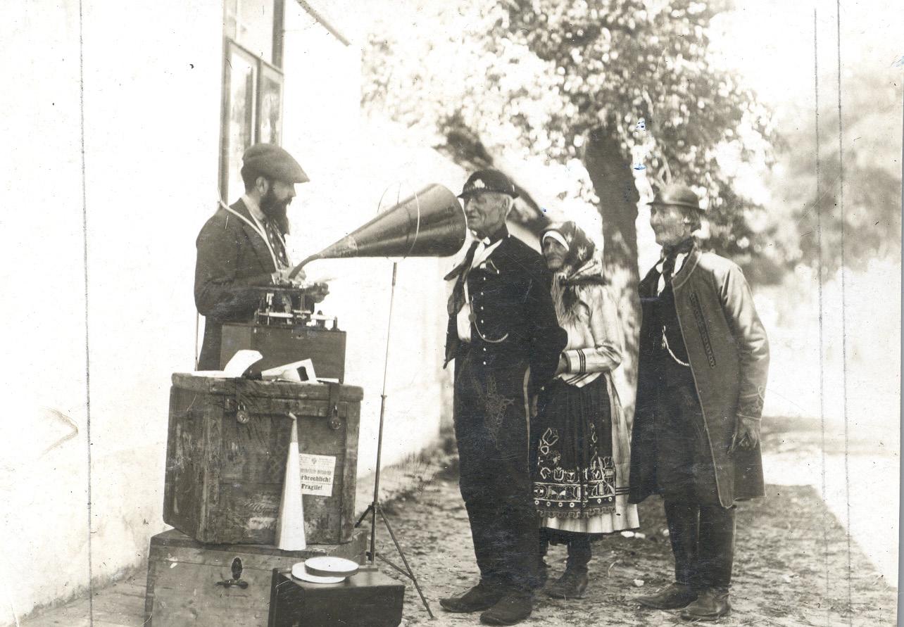 František Pospíšil Field Work In South Moravia, Dobro Polje (guttenfeld), 1910