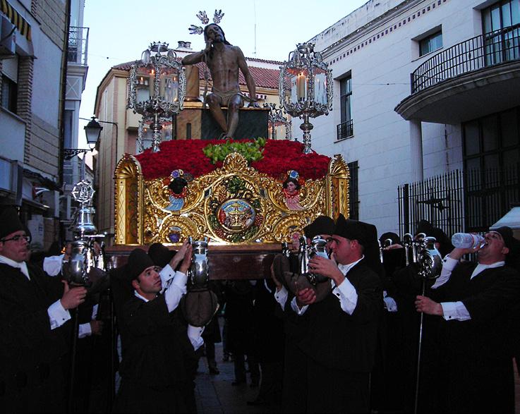 FIGURA-1-Santería-del-Cristo-de-la-Humildad-durante-la-processione-(Lucena-19-aprile-2011-foto-Zoia)