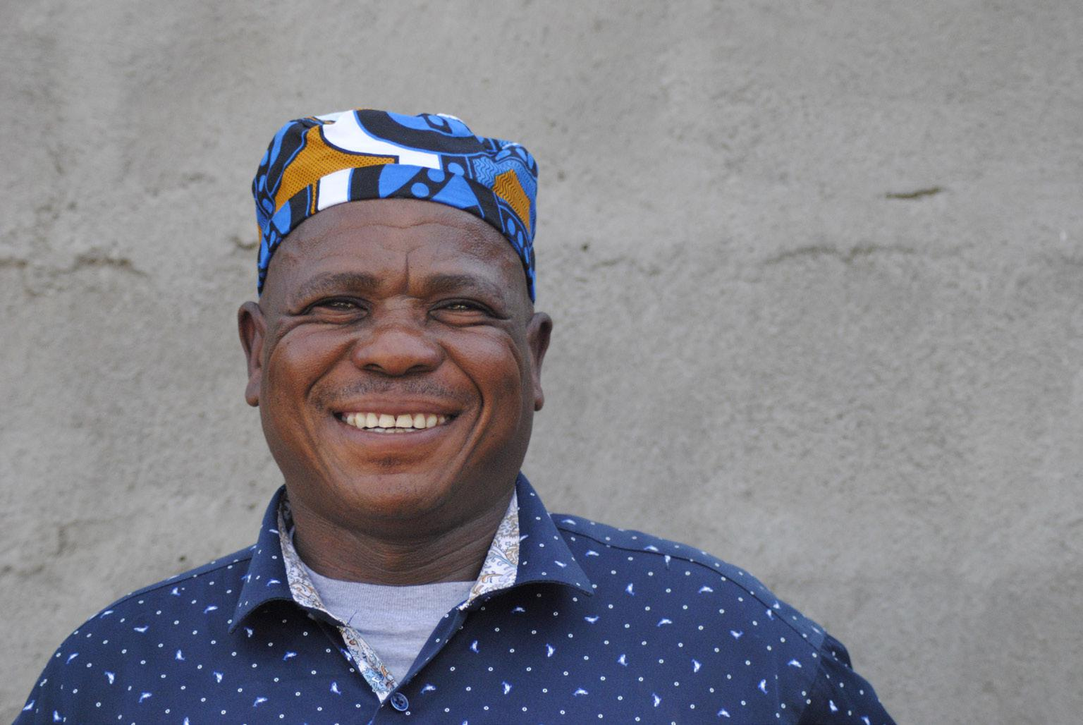 FIGURE 7. Sibongile Kgaila before one of his shows (Kweneng, 30th June 2019_photo S. Montaquila)
